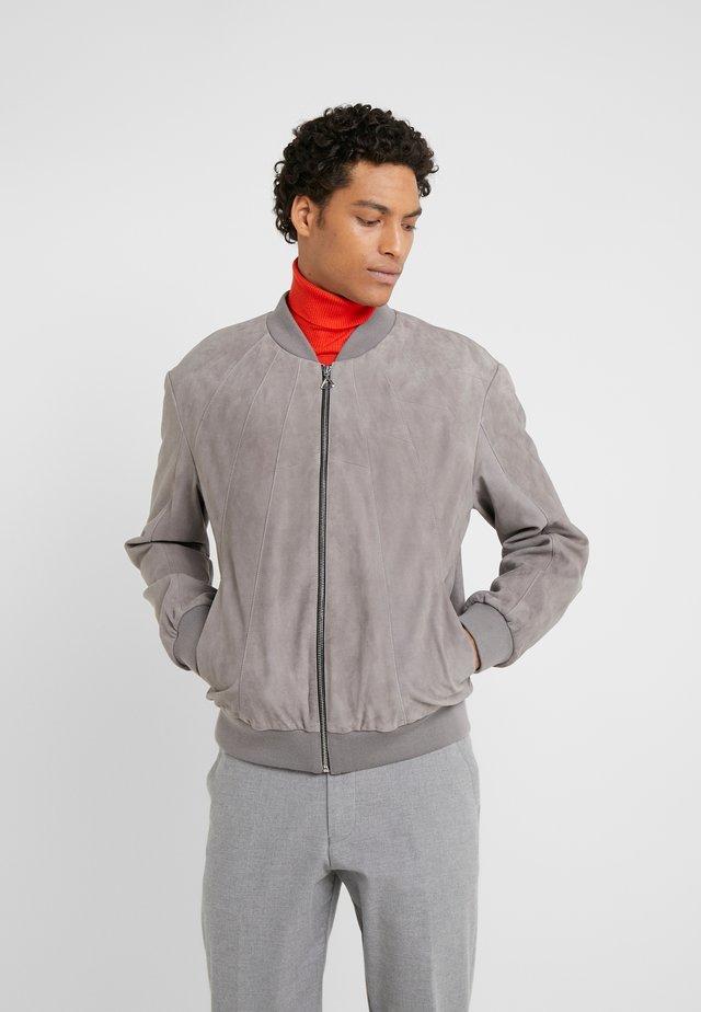 LEONTES  - Veste en similicuir - open grey