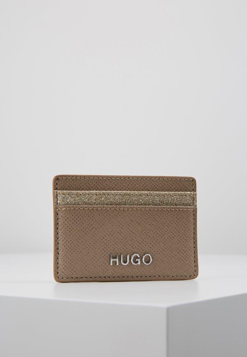 HUGO - VICTORIA CARD HOLDER - Pouzdro na vizitky - gold-coloured