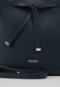 HUGO - VICTORIA DRAWSTRING - Sac à main - night blue - 7