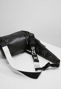 HUGO - RIDER BUM BAG - Sac banane - black - 6