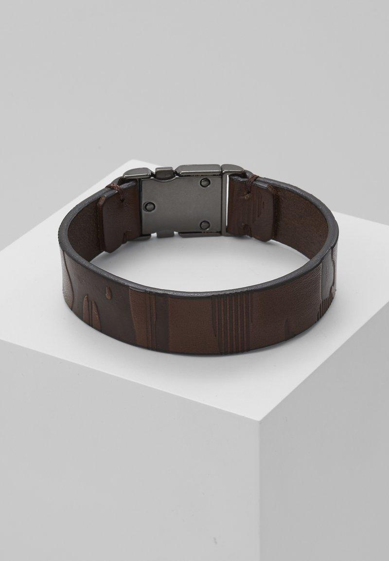 HUGO - E-CAMU-BRACELET - Armbånd - dark brown