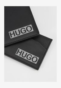HUGO - Pouzdro na vizitky - black - 1