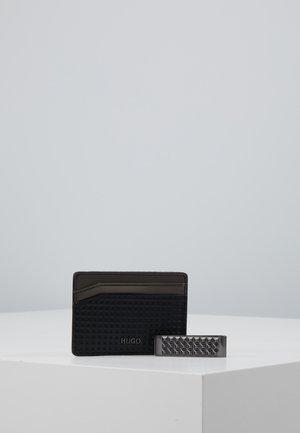 CARD DIAM SET - Punge - black