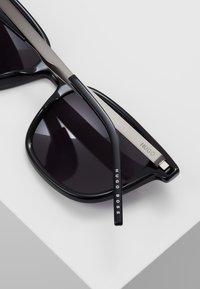 HUGO - Solbriller - black - 5