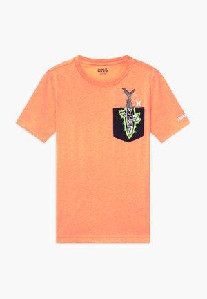 X-RAY - T-shirt print - tart heather