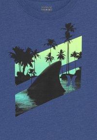 Hurley - SHARK SLASH  - T-shirt print - delft heather - 3