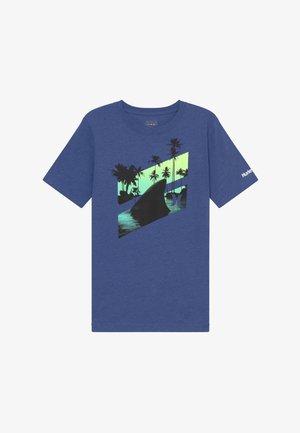 SHARK SLASH  - T-shirt print - delft heather