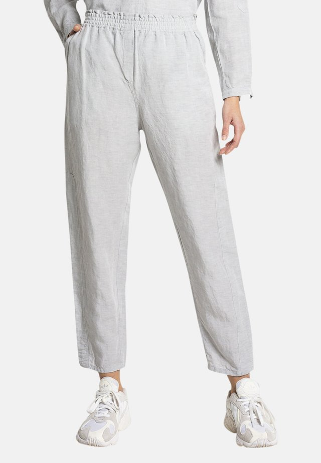 SEMMY - Tracksuit bottoms - grau