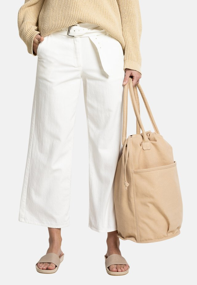 WIDA - Trousers - white