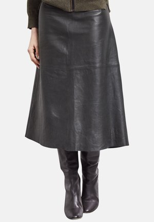 PATRICIA - Maxi skirt - black