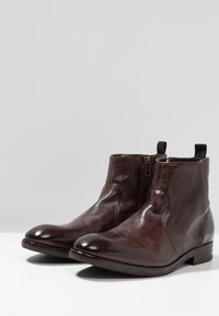 Hudson London - KAHLO - Classic ankle boots - brown - 2