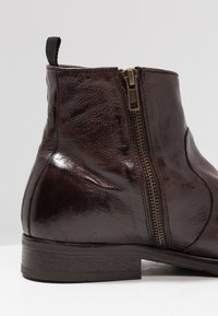 Hudson London - KAHLO - Classic ankle boots - brown - 5