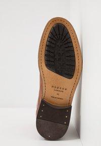 Hudson London - YEW - Botines con cordones - tan - 4