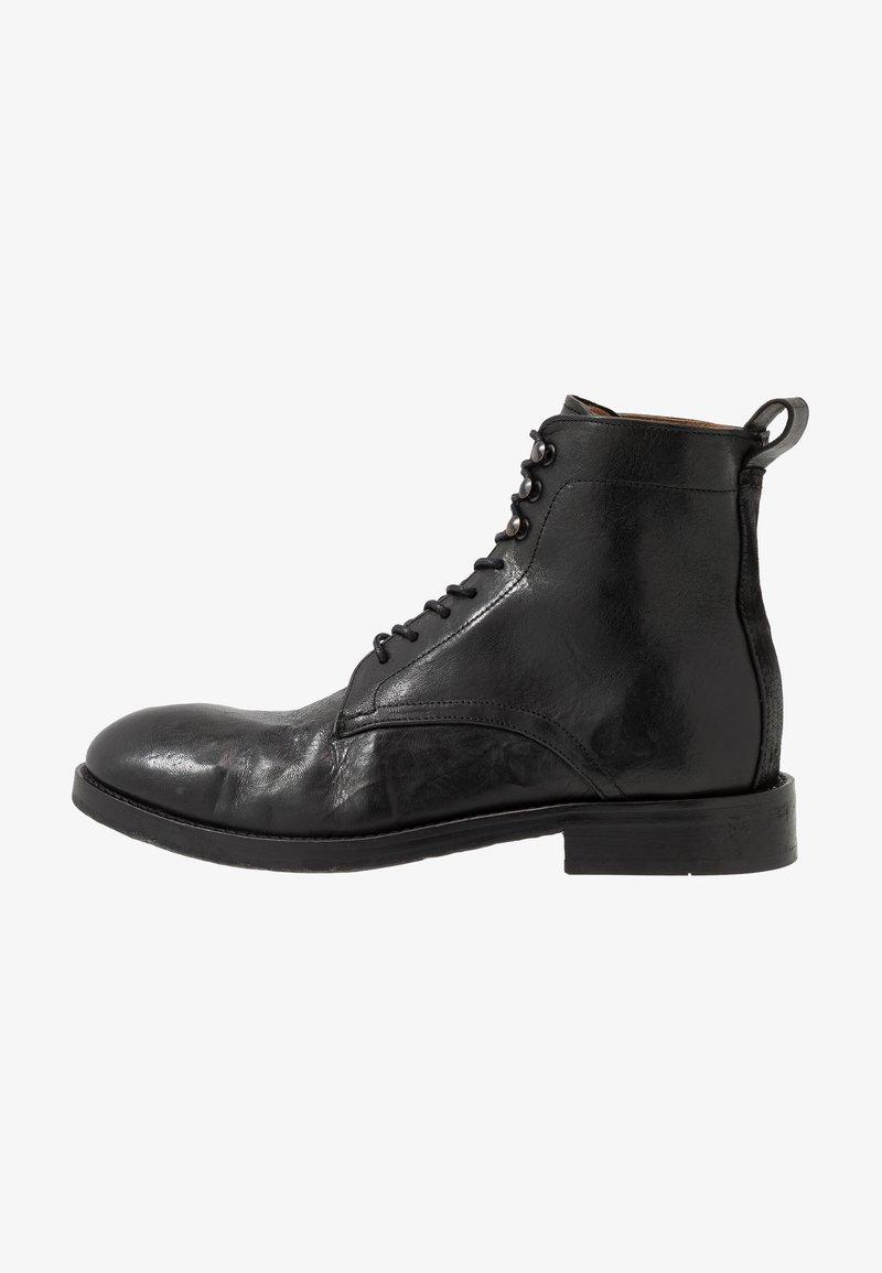 Hudson London - YEW - Botines con cordones - black