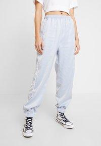 Hummel Hive - HMLDIANA PANTS - Pantalones deportivos - gray dawn - 0