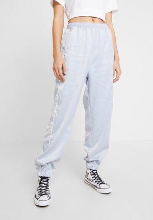 HMLDIANA PANTS - Pantaloni sportivi - gray dawn