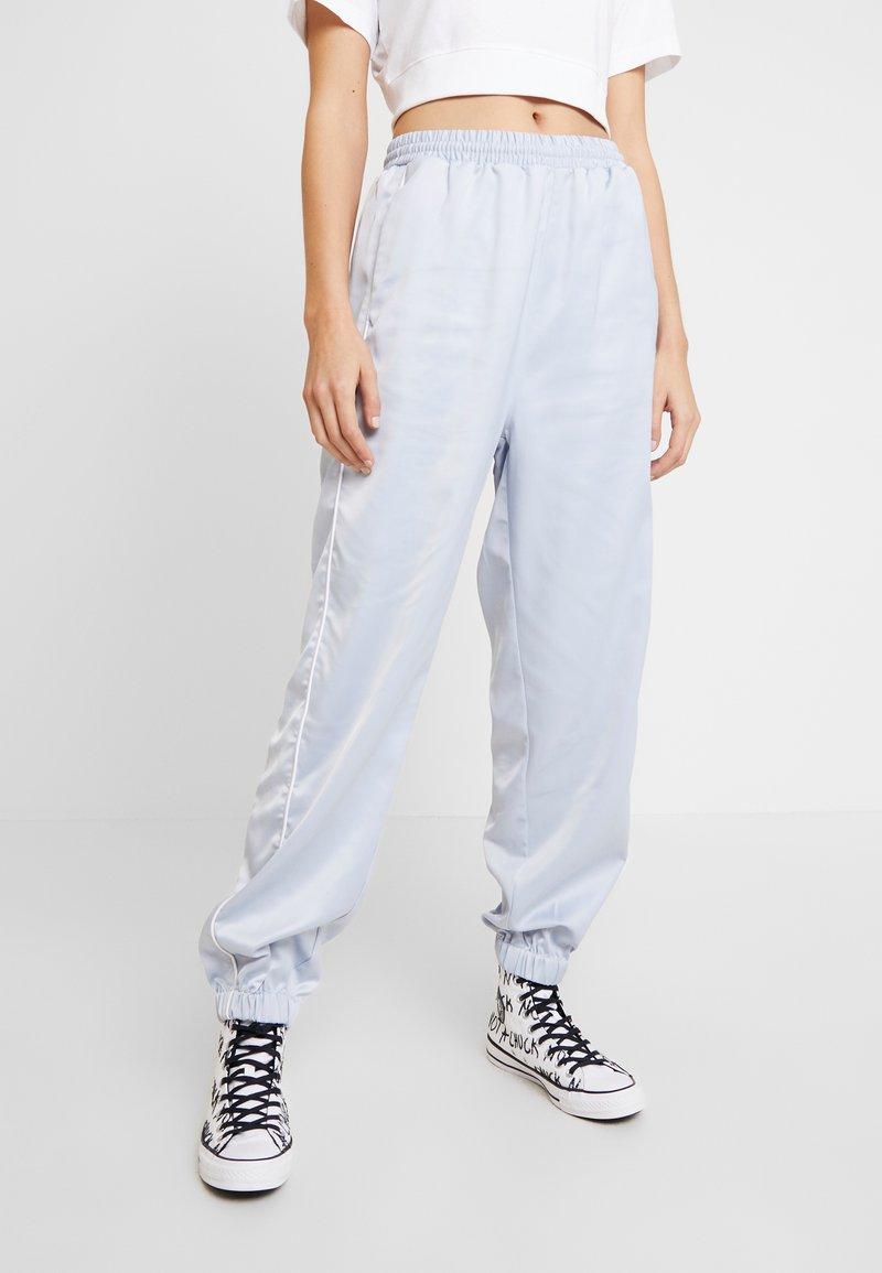 Hummel Hive - HMLDIANA PANTS - Pantalones deportivos - gray dawn