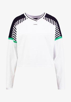 CATE - Langærmede T-shirts - white
