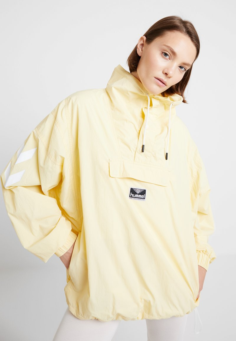 Hummel Hive - CALISTA - Windbreaker - double cream