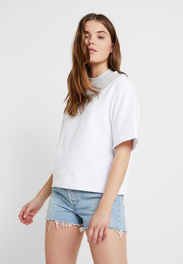 LAYA  - T-shirt imprimé - white