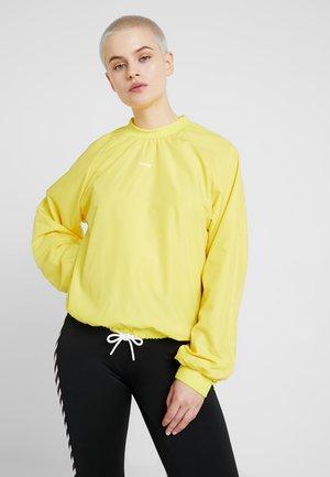 Sweater - golden kiwi