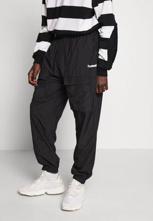 OVERSIZED PANTS - Pantalon classique - black