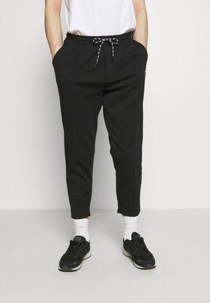 MIDDLES PANTS - Teplákové kalhoty - black