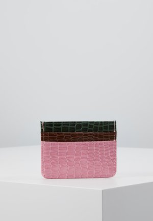 CARD HOLDER CROCO - Lommebok - pink