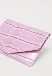 HVISK - WALLETS - Peněženka - dusty pink - 2