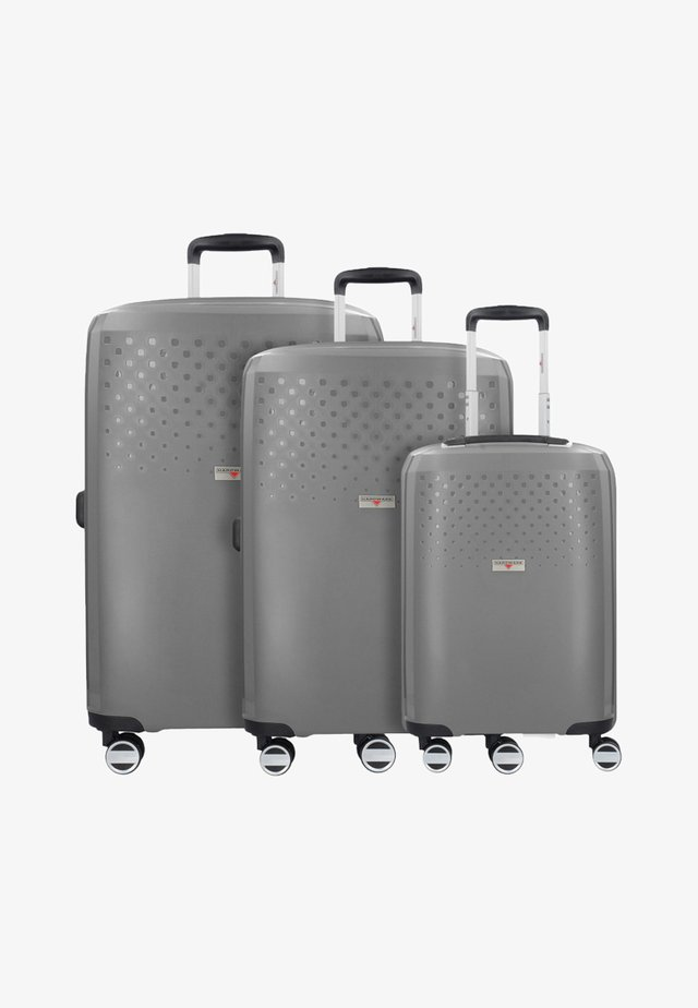 BUBBLES - Luggage set - starlight