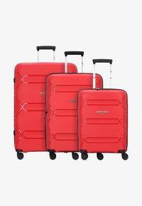 Hardware - 3PACK - Luggage set - red - 0