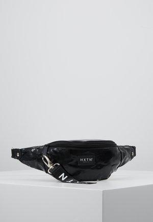 PRIME BUM BAG - Ledvinka - tarpaulin black