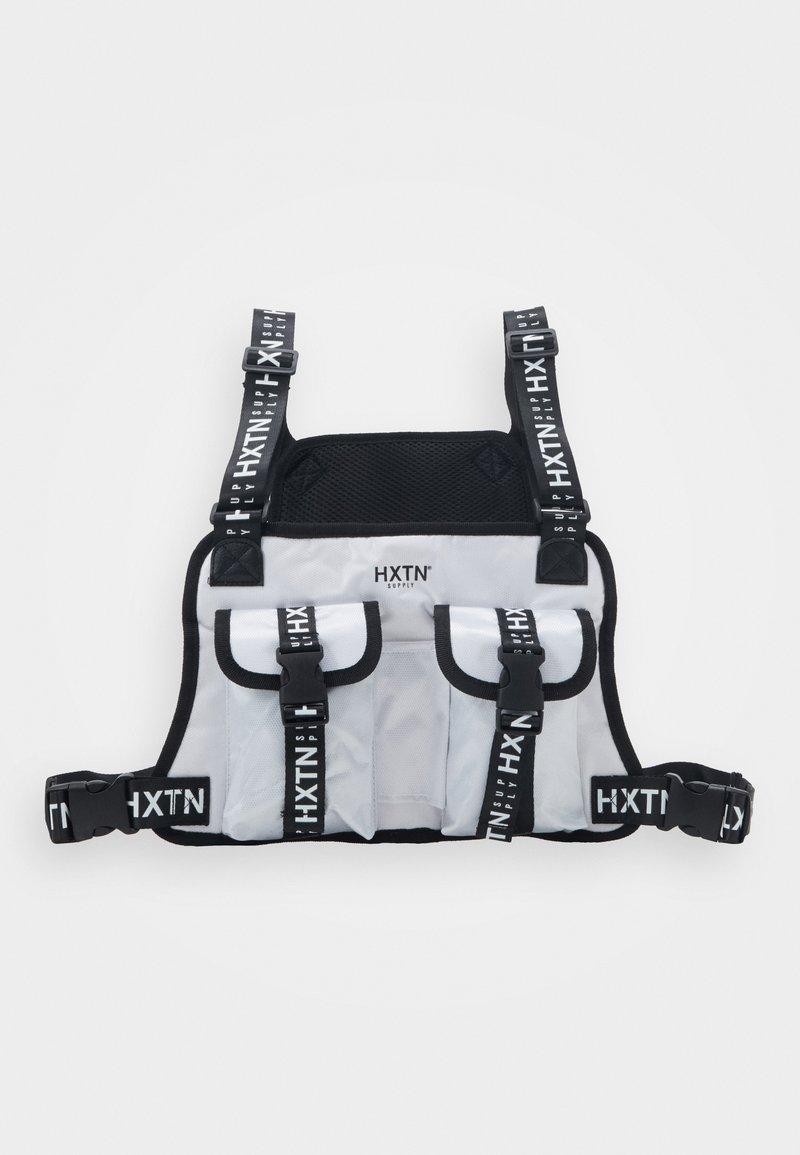 HXTN Supply - DELTA PRIME BODY BAG - Vyölaukku - white