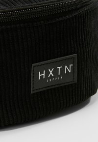 HXTN Supply - ONE BUM BAG - Sac banane - black - 7