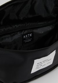 HXTN Supply - UTLITY OVERSIZE - Umhängetasche - black - 4
