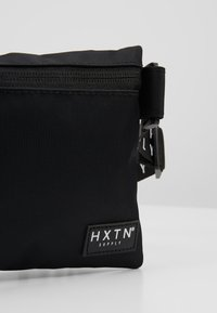 HXTN Supply - PRIME CROSSBODY - Riñonera - black - 7