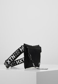 HXTN Supply - PRIME CROSSBODY - Riñonera - black - 3