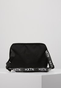 HXTN Supply - PRIME FACTION CROSSBODY - Rumpetaske - black - 2