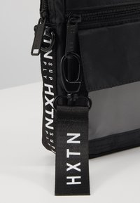 HXTN Supply - UTILITY INDICATOR - Across body bag - black - 2