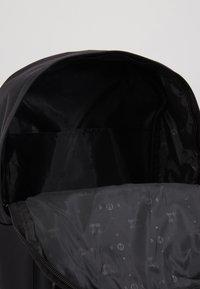 HXTN Supply - PRIME PREMIER - Reppu - black - 5