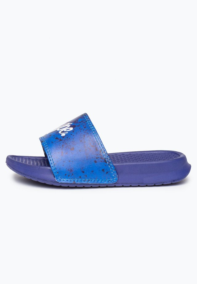 PAINT SPLATTER SCRIPT - Pool slides - blue
