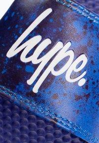 Hype - PAINT SPLATTER SCRIPT - Pool slides - blue - 3