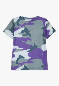 Hype - KIDS CAMO - T-Shirt print - forest/blue - 1