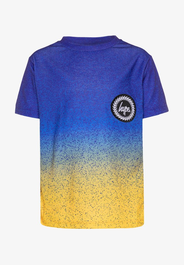 BOYS - T-shirt med print - blue/yellow