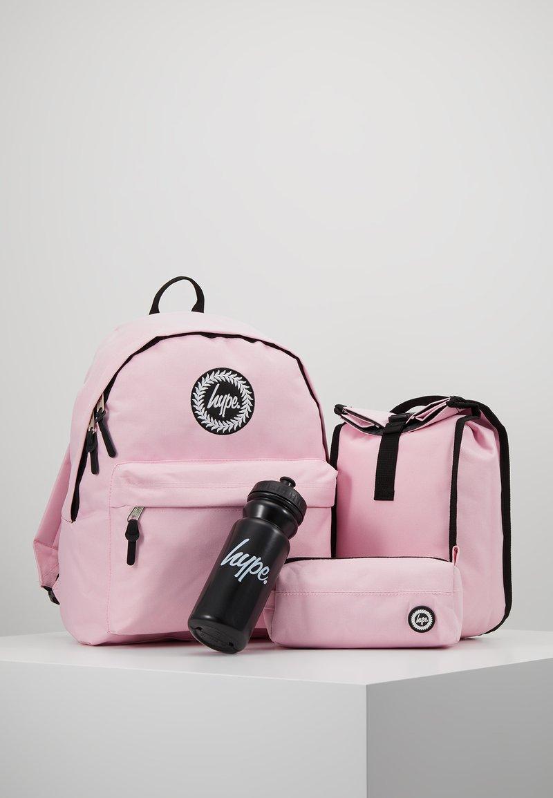 Hype - BUNDLE CORE SET - Trousse - pink