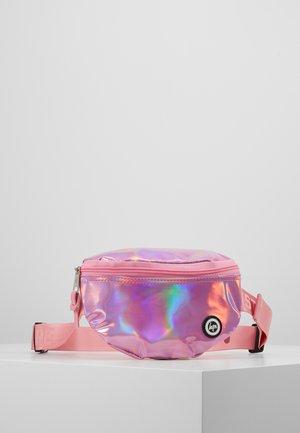 BUMBAG - PINK HOLOGRAPHIC - Taška spříčným popruhem - pink