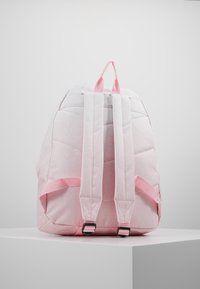 Hype - BACKPACK SPECKLE FADE - Rucksack - pink/white - 3