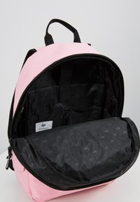 Hype - BACKPACK MIDI - Ryggsäck - pink - 5