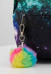 Hype - BACKPACK RAINBOW SPACE - Rugzak - multi - 3