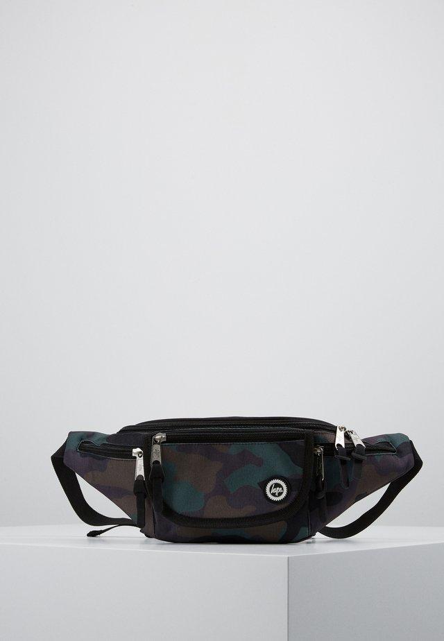 BUM BAG CAMO FADE - Bæltetasker - black